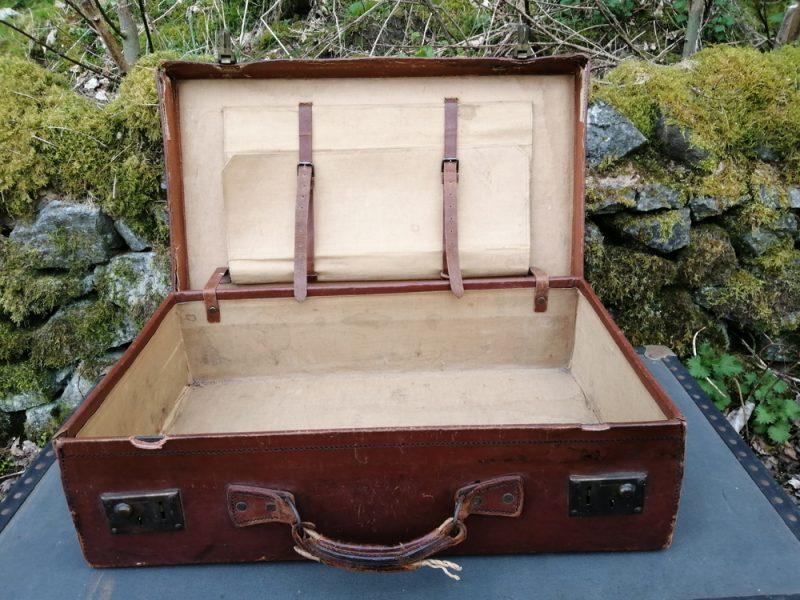 Medium Leather Suitcase