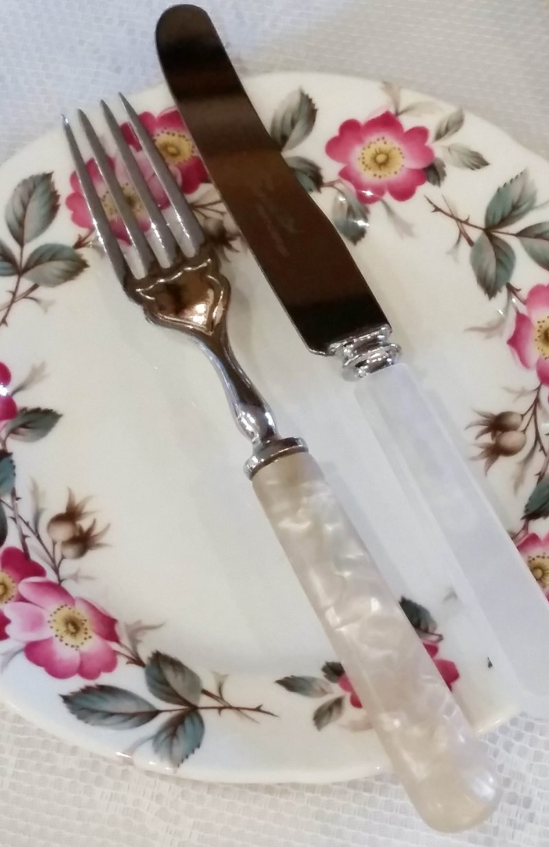 small knife and fork
